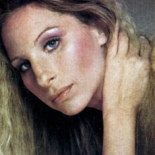 Barbra Streisand, în revista Vogue, 1975