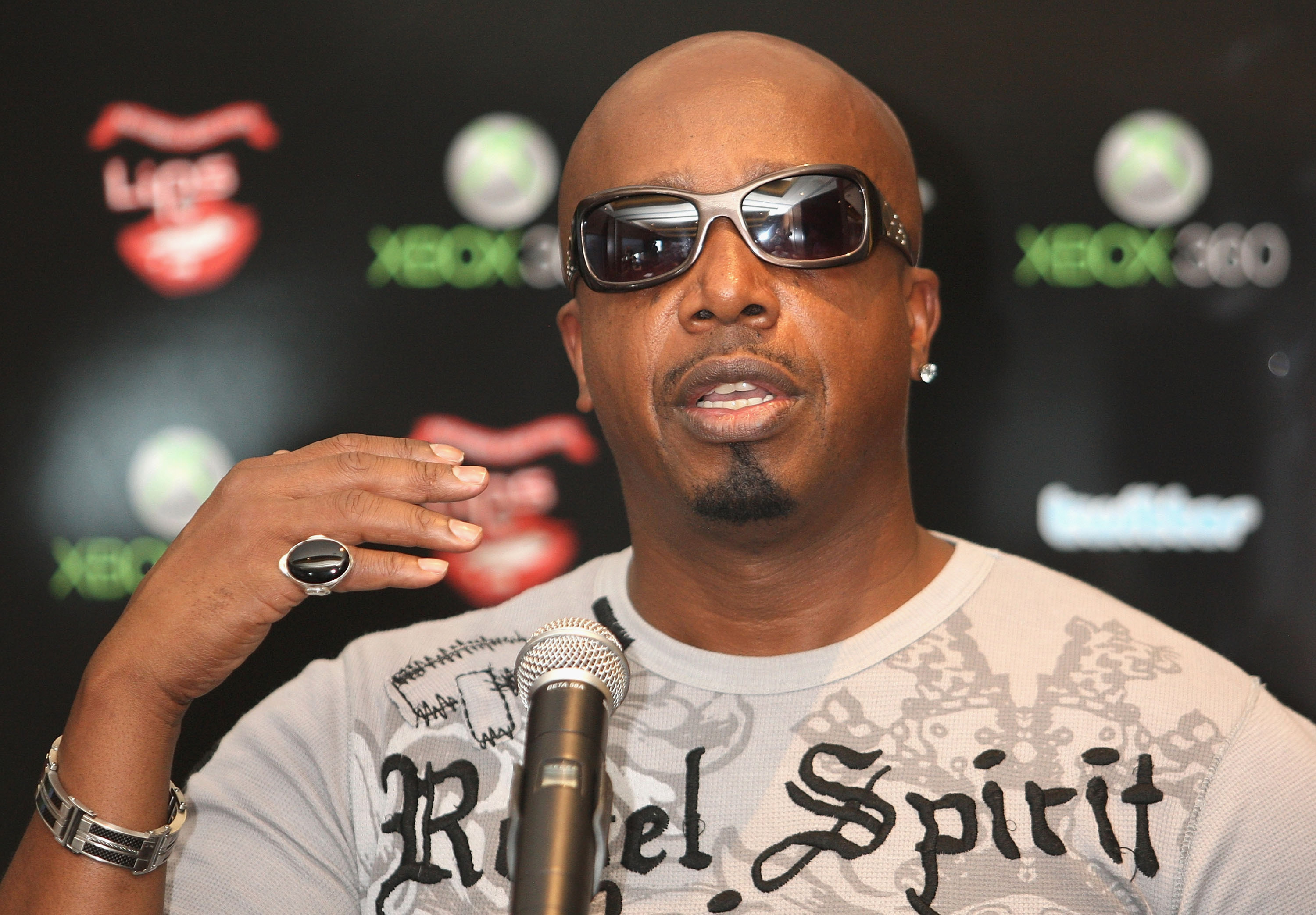 MC Hammer Launches Xbox Karaoke Title