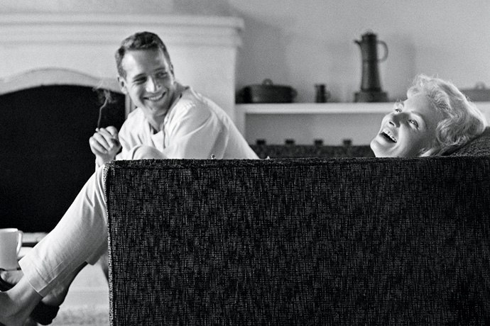 Newlyweds Paul Newman and Joanne Woodward in their Beverly Hills home, 1958. Sid Avery Vanity Fair