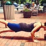 Hilaria Baldwin: cele mai inedite poziții de yoga – GALERIE FOTO