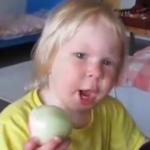 O ceapă proaspătă, vă rog! – VIDEO