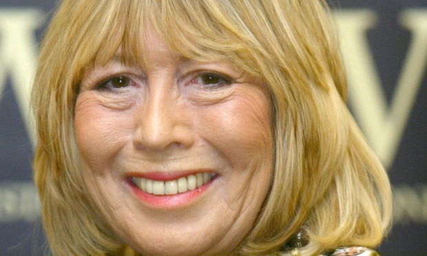 'JOHN' BOOK SIGNING BY CYNTHIA LENNON, WATERSTONES, LONDON, BRITAIN - 25 SEP 2005