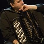 Acordeonistul francez Richard Galliano cântă Mozart la Sala Radio