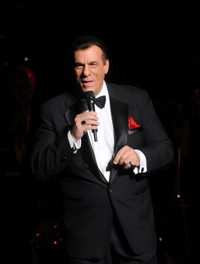 Celebrate Sinatra's 100th Birthday With Robert Davi