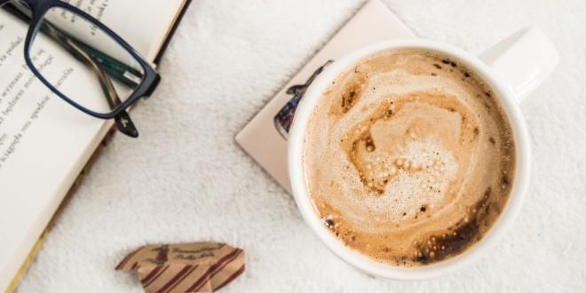 Cafeaua din cărți: 25 de fragmente aromate